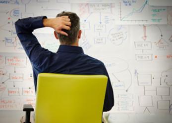 Baru Memulai Bisnis, Fokus ke Pemasaran atau Produksi?